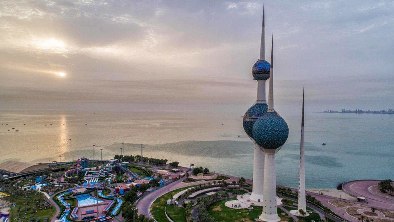 بينها العراق.. الكويت تقرر حجر القادمين اليها من 68 دولة 14 يوماً