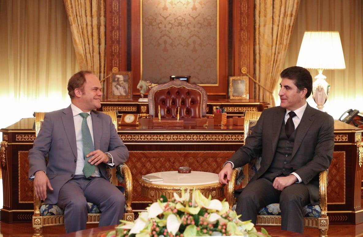 تظاهرات العراق وحوار بغداد- كوردستان بمناقشات بارزاني والاتحاد الاوروبي