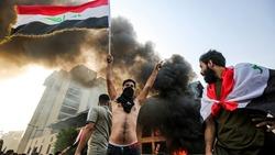 اقتحام مبنى محافظة ذي قار وتفريق احتجاج بالقوة في ميسان والديوانية