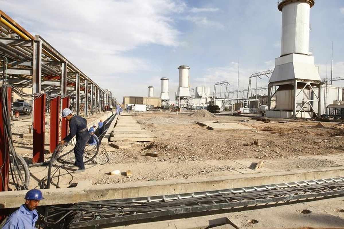 العراق يسدد نصف ديون ايران بعملتين