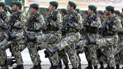 بأوامر خامنئي.. 300 ألف جندي يكلفون بمواجهة هذا الخطر