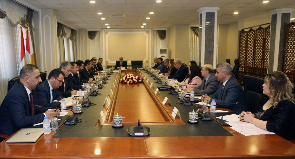 Barzani discusses several files with the heads of Kurdish blocs in Iraqi parliament