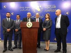 """خارجية البرلمان العراقي """"تتمسك"""" بالقضية الفلسطينية والاخيرة تتحدث عن تلقي رشوة"""