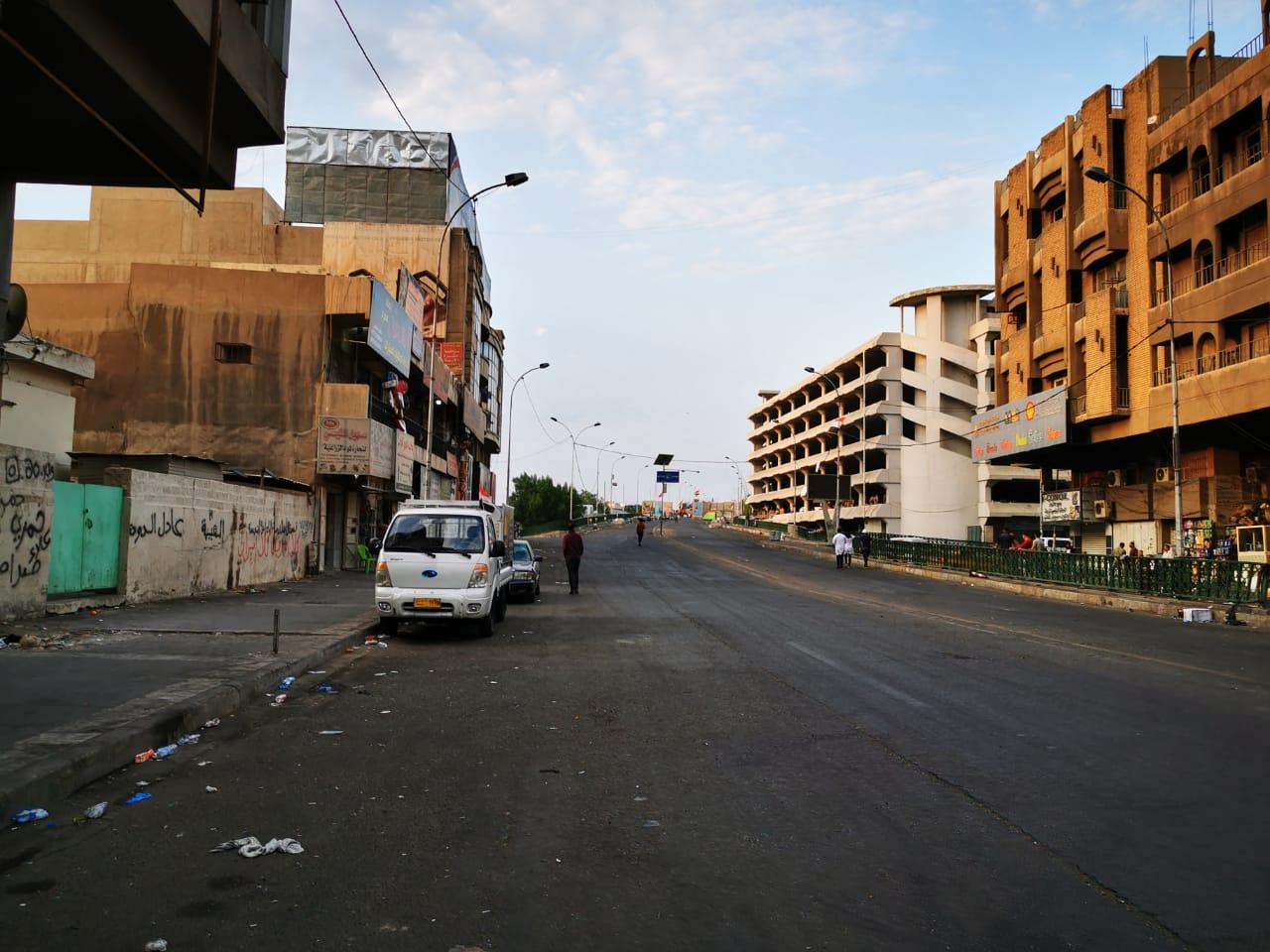 مدن عراقية تشهد اضرابا عاما بغلق طرق حيوية ودوائر حكومية