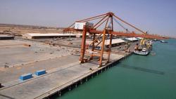ميناء عراقي يستأنف أعماله بعد انسحاب المتظاهرين