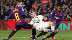 نجم نادي برشلونة يعاني من مرض نتيجة ممارسة الجنس