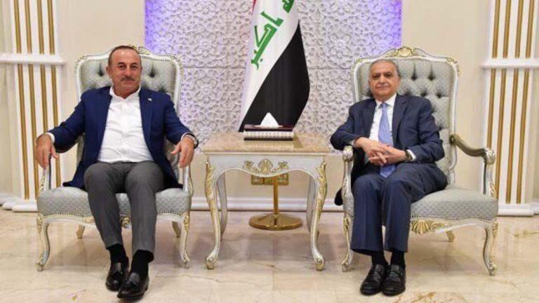 وزير الخارجية التركي يصل بغداد في زيارة غير معلنة