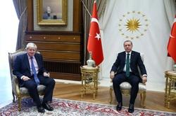 """الأتراك يرحبون بتولي جونسون """"حفيد العثمانيين"""" رئاسة وزراء بريطانيا"""