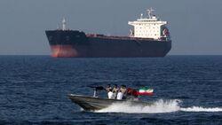 إيران تطلق سراح 9 هنود من طاقم الناقلة البريطانية المحتجزة