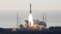 """بحثاً عن الحياة والتاريخ.. ناسا تطلق مسبار """"برسفيرنس"""" إلى المريخ"""
