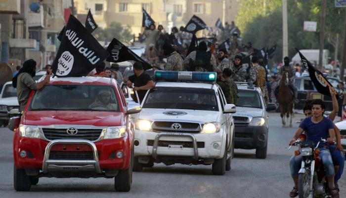 اعتقال ضباط أمن تلاعبوا بعقارات قادة بداعش في العراق