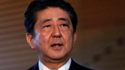 التهاب بالقولون يدفع رئيس الحكومة اليابانية للاستقالة