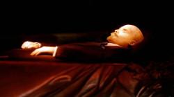 الأمريكيون يجمعون 50 مليون دولار لشراء جثة لينين