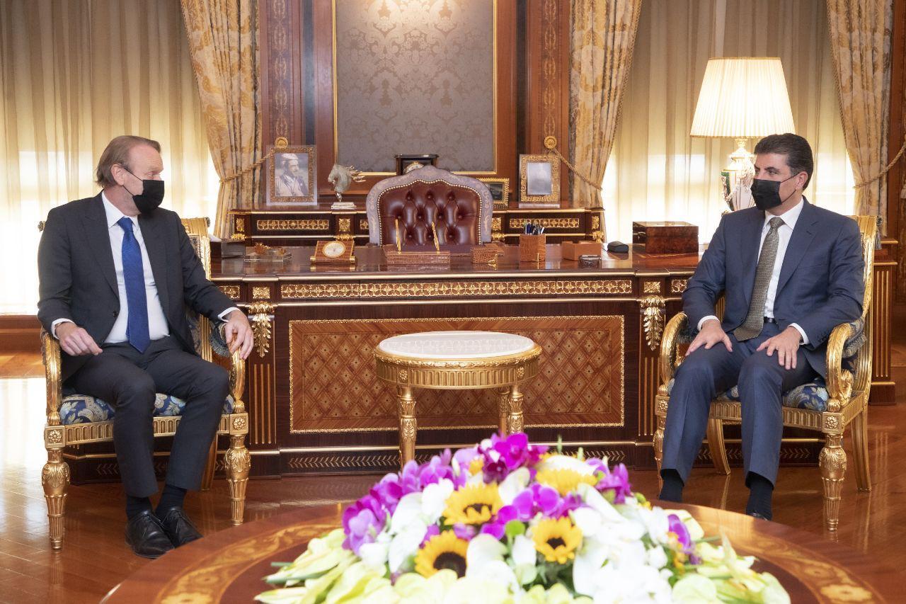 Barzani meets the Dutch Consul General in Erbil