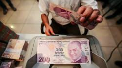 الليرة التركية تهبط إلى أدنى مستوى في 2021