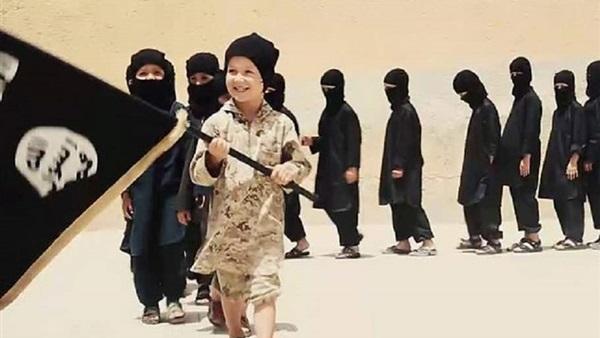 احتجاز اكثر من 600 طفل من ابناء الدواعش الأوربيين شمال شرق سوريا