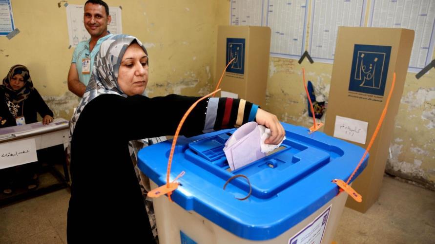 كربلاء تستنفر لانتخابات تشرين.. 85% من الناخبين تسلموا بطاقاتهم الالكترونية
