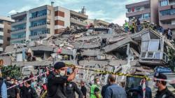 زلزال ايجه يخلف مئات القتلى والجرحى في تركيا واليونان