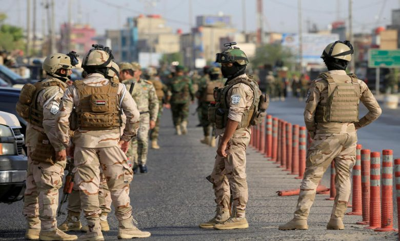 """الاطاحة بـ""""مسؤول ولاية الانبار"""" وتجار مخدرات بينهم نساء في بغداد.. صور"""