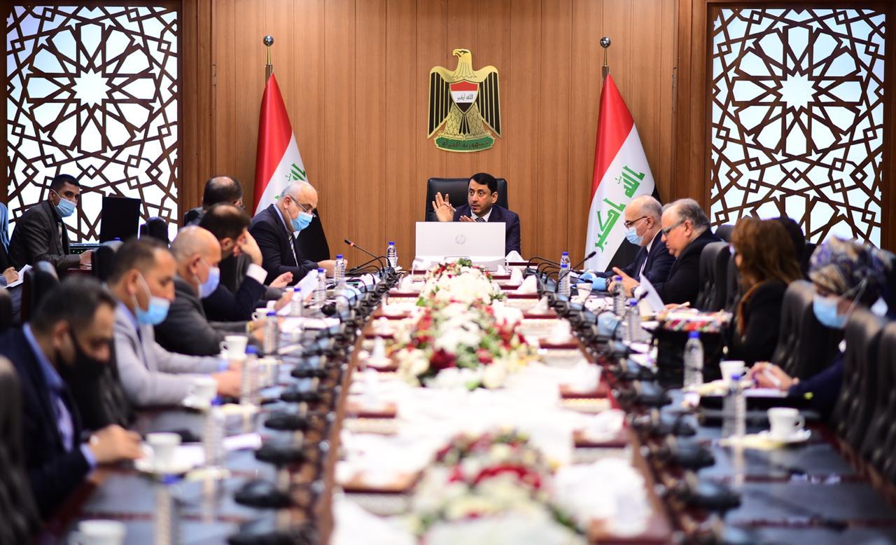 أمانة مجلس الوزراء تناقش آلية تخصيص 5 ترليون دينار عراقي لتمويل المشاريع