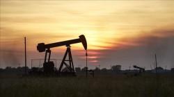"""أسعار النفط  تواصل الارتفاع و""""برنت"""" يلامس 50 دولاراً للبرميل"""