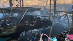 صور.. حريق كبير يجهز على سوق البالة في الموصل