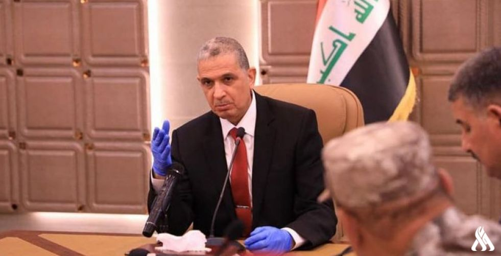 وزير الداخلية يوجه بمنح المستمسكات الثبوتية للنازحين في خمس محافظات