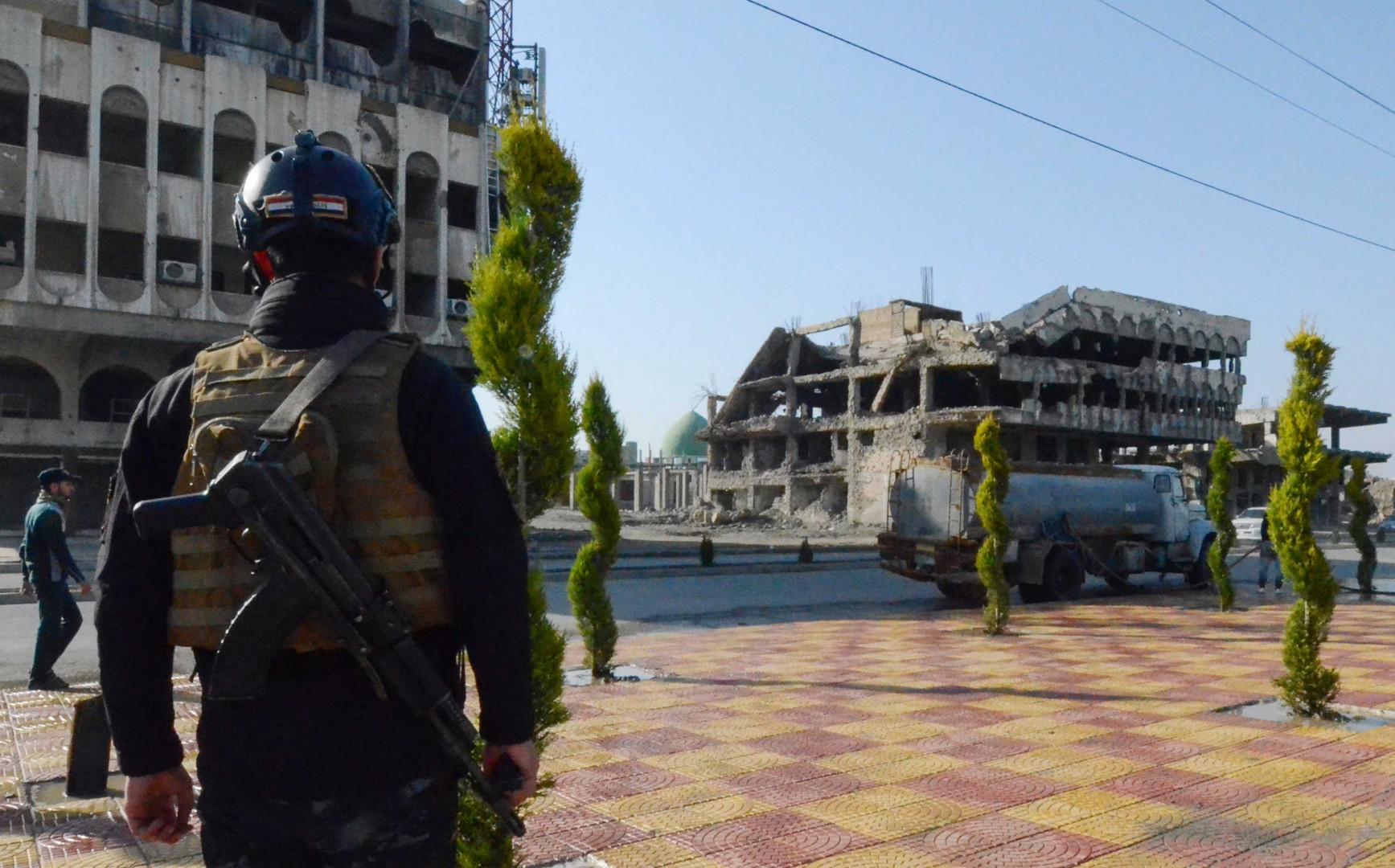 """الموصل.. أبرز """"إرهابية"""" في قبضة الاستخبارات العسكرية"""