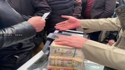 المالية النيابية: البرلمان لا يمتلك صلاحية إعادة سعر الصرف