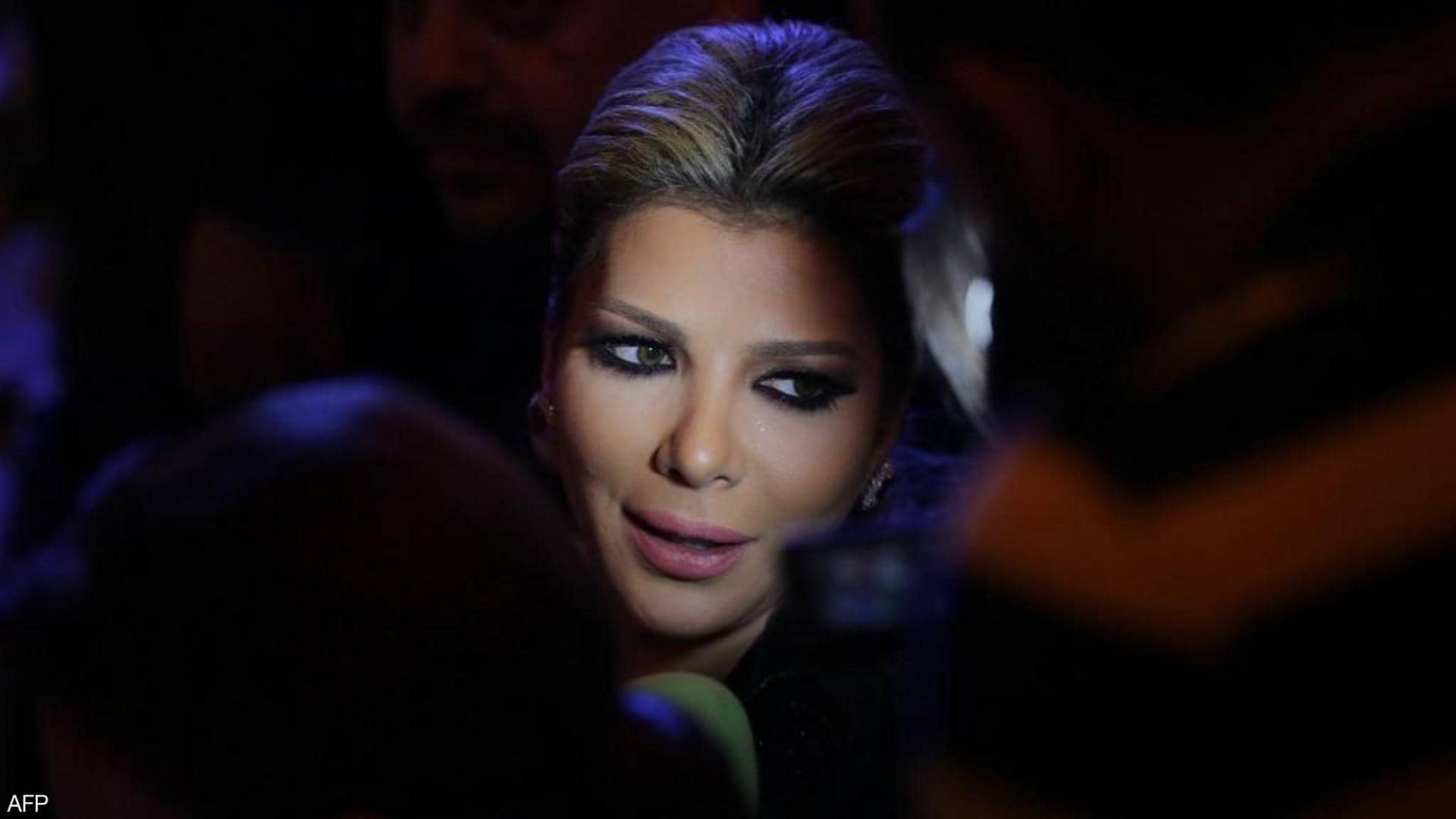 ما حقيقة زواج الفنانة السورية أصالة نصري من شاعر عراقي؟