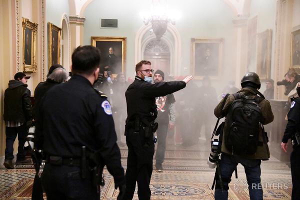فرجينيا ترسل الحرس الوطني و200 من جنود الولاية إلى واشنطن