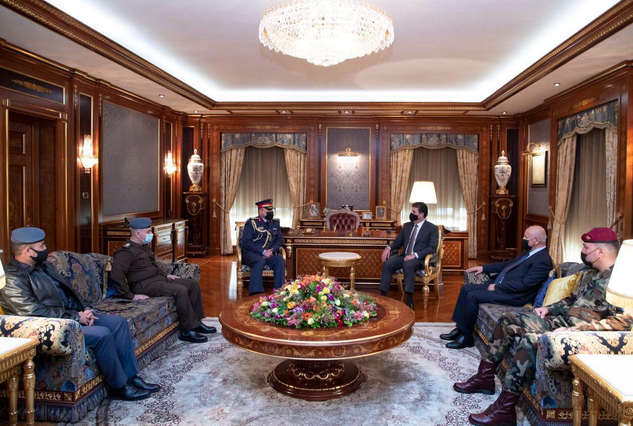 نيجيرفان بارزاني يؤكد على دور الجيش العراقي كجيش وطني لحماية البلاد