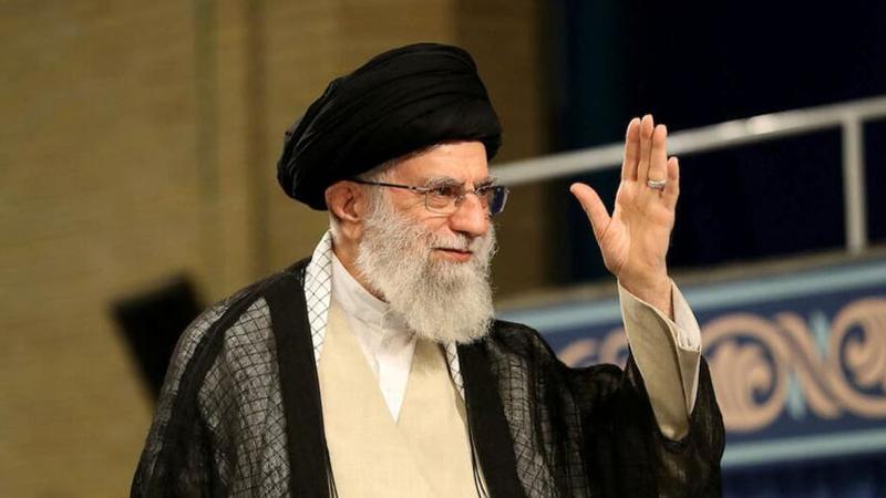 Top Iran leader posts Trump-like golfer image, vows revenge
