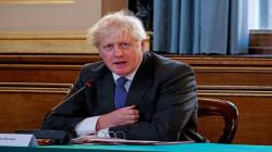 رئيس الوزراء البريطاني يحمل نفسه مسؤولية وفاة 100 الف شخص بكورونا
