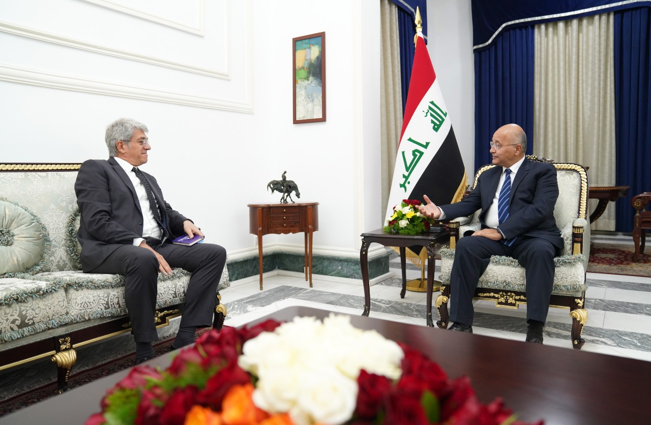 The Iraqi President affirms his country's keenness to establish strong relations with France and the European Union 1612089862802