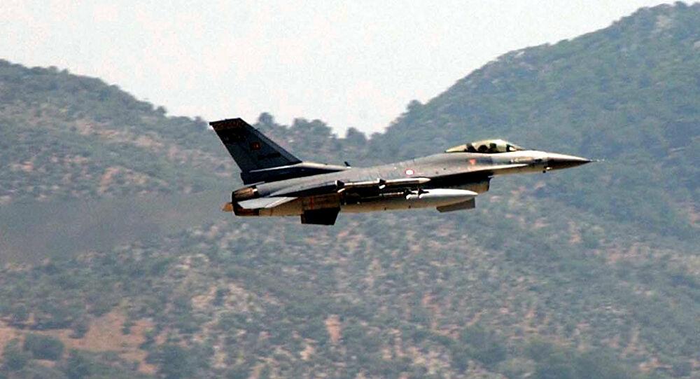 المقاتلات التركية تشن غارات على مناطق شمال السليمانية