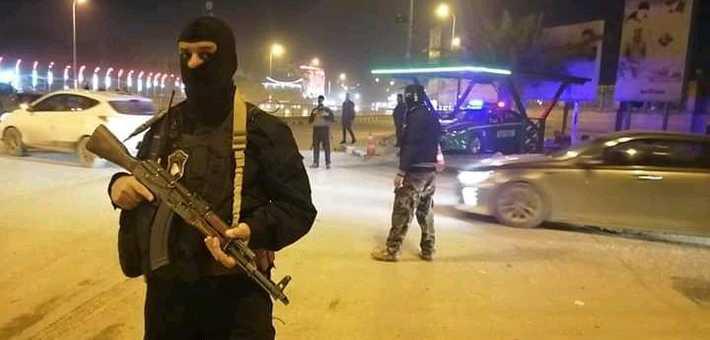 """قراءة برلمانية لاستعراض سرايا الصدر المسلح: القانون """"تحت أحذية السياسيين"""""""