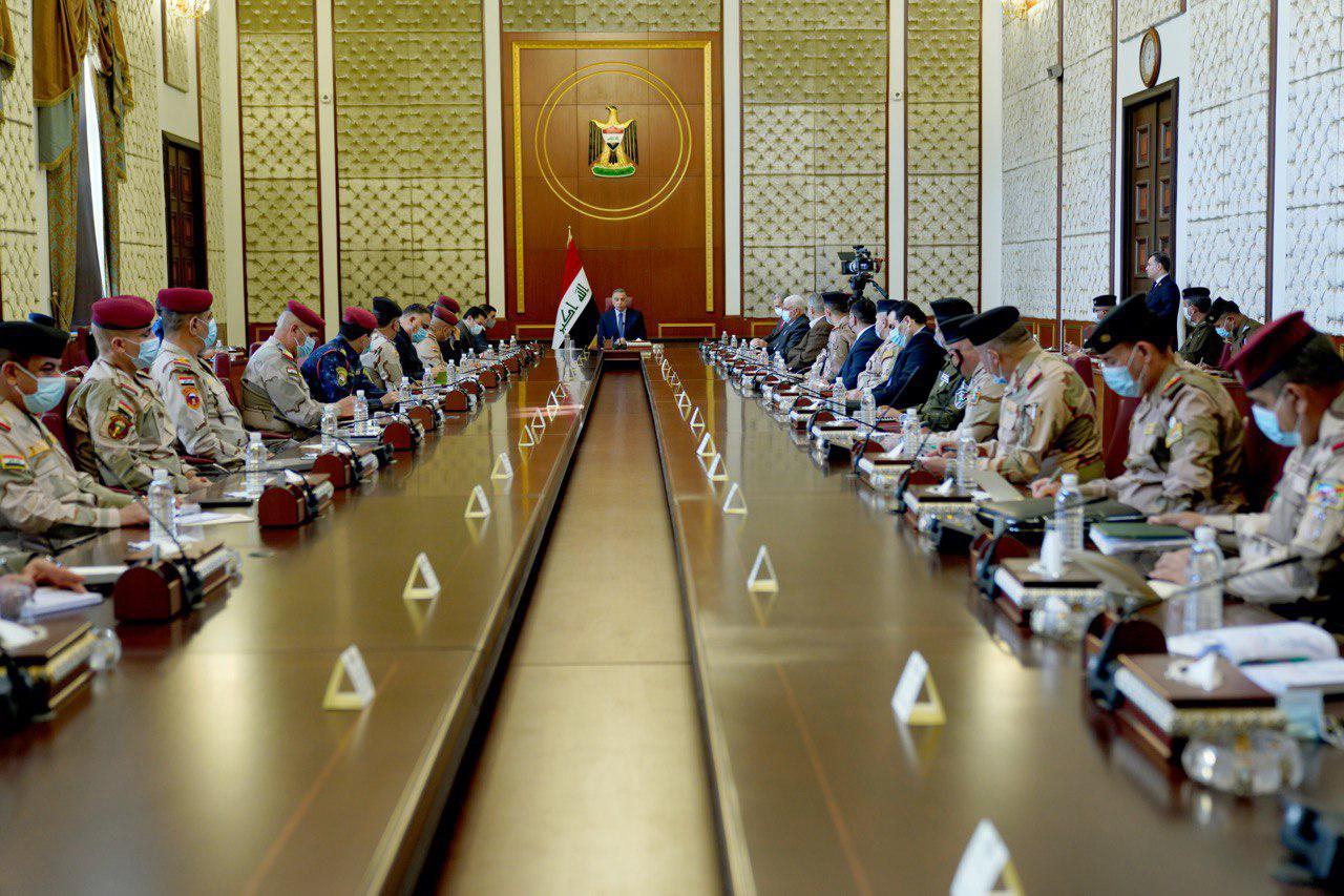 غداة استعراض السرايا.. الكاظمي يجتمع مع كبار قادة الأمن