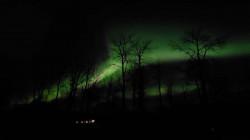"""بالصور.. """"ظاهرة"""" نادرة في سماء كندا"""
