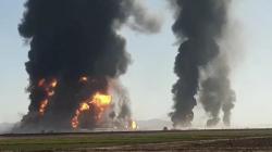 اللحظات الأولى لانفجار شاحنات غاز ووقود على الحدود الإيرانية الأفغانية (فيديو)