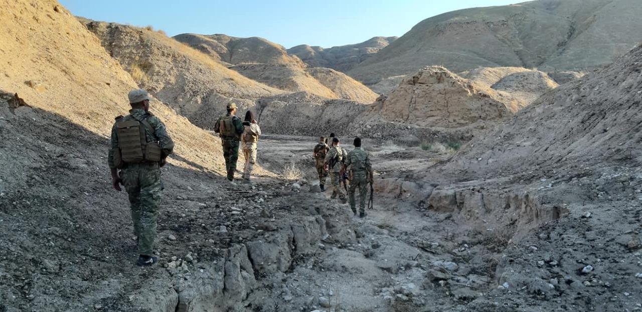 الشرطة العراقية تفجر خزانات وقود لداعش غرب تكريت