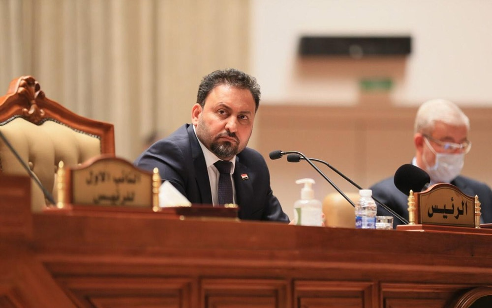 Urgent action in the Iraqi parliament to reduce the price of the dollar