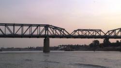 الشرطة تحبط محاولتي انتحار لسيدتين من على جسرين في بغداد وذي قار