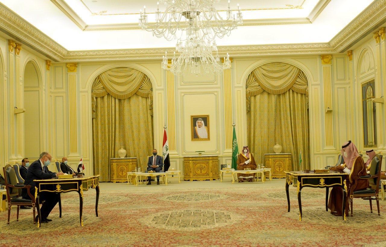 Iraq signs five agreements with Saudi Arabia