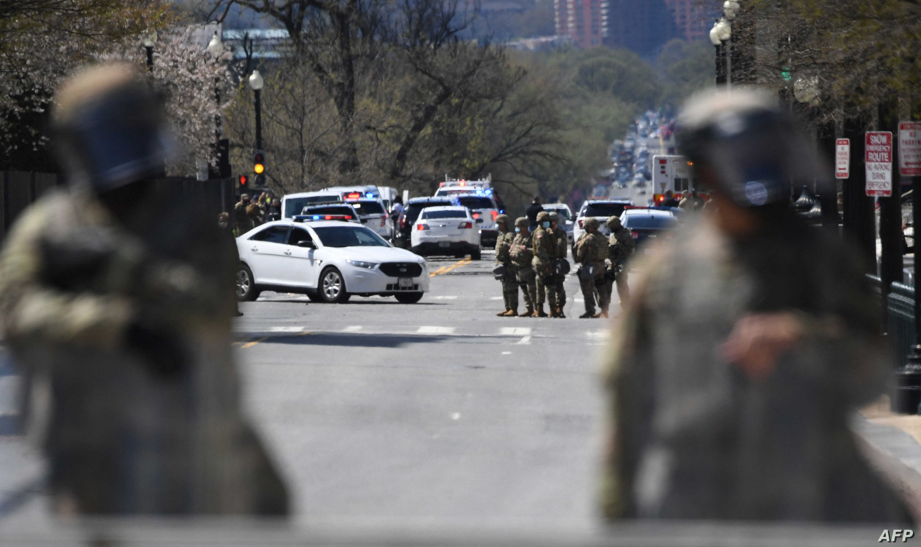 حادث اقتحام الكونغرس ينتهي بمقتل المهاجم وشرطي