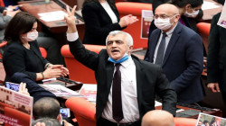 تركيا تعتقل نائباً سابقاً عن حزب مؤيد للكورد