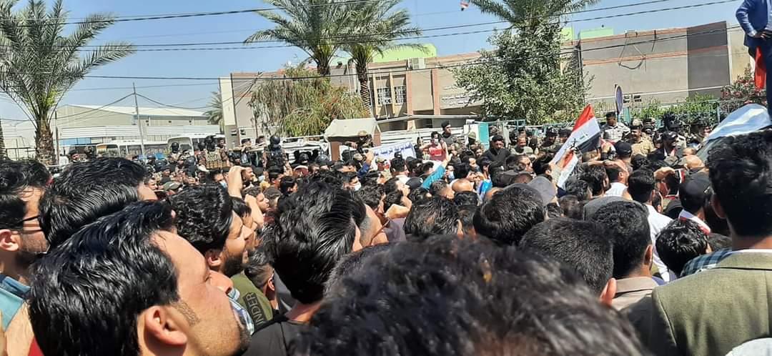 """دائرة احتجاج المحاضرين تتسع على وقع """"تحرك"""" نيابي وصمت حكومي"""