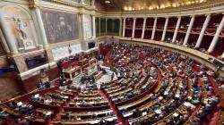 فرنسا تجرم ممارسة الجنس مع الأطفال دون 15 عاما