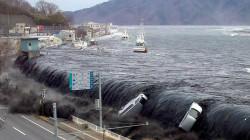 بعد لحظات من تسجيل هزة أرضية .. اليابان تحذر من تسونامي