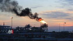 Oil steadies as dollar slumps but pandemic surge weighs